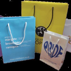 printed-rope-handle-bags