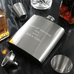 branded-troyes-hip-flask-set